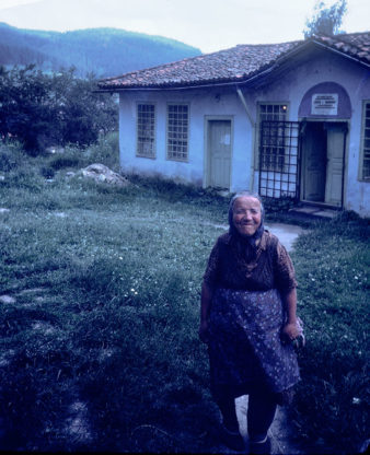 Bulgaria-Village-Life-Old-Woman-001