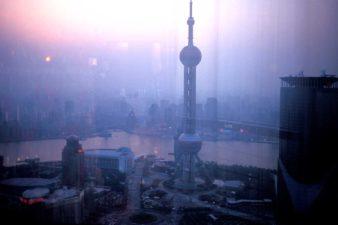 China-Shanghai-Skyline-004